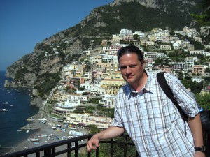 072_positano_truk_buildings_west