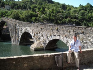 417_ponte_del_diavolo_truk_sits
