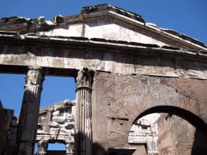 494_rome_porticus_octaviae_close