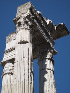 497_rome_apollo_temple_top