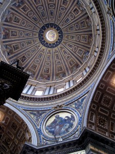 532_vatican_st_peters_dome_inside