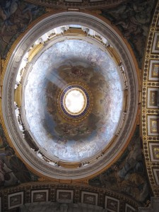 536_vatican_st_peters_dome_light