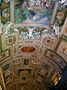 538_vatican_ceiling