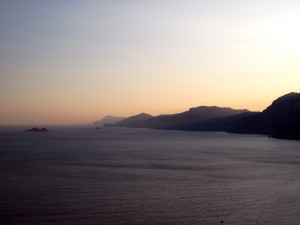 148_praiano_red_blue_sunset