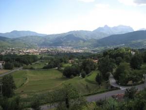 419_castiglione_di_garfagnana_valley_1